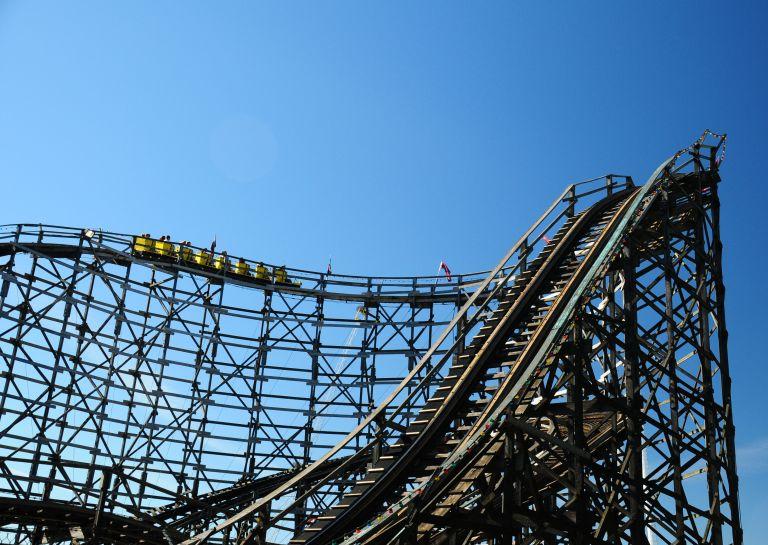 Wooden Roller Coaster Pne
